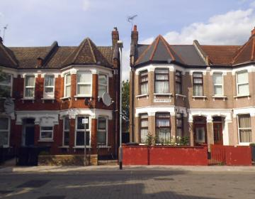 South Tottenham London Neighborhood Photo