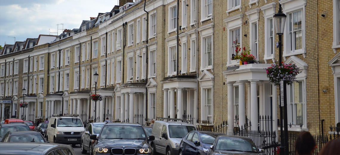 the ultimate neighborhood guide to earls court london. Black Bedroom Furniture Sets. Home Design Ideas