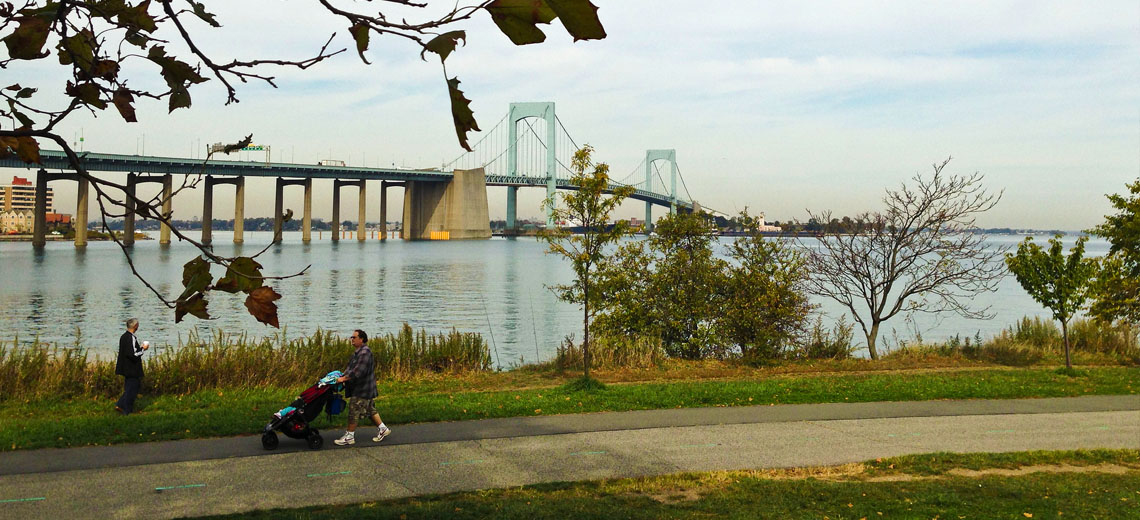 Throggs Neck New York City Neighborhood Photo